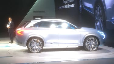 Hyundai FE Fuel Cell Concept show pics