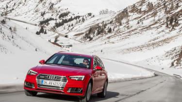 Audi A4 quattro - front driving