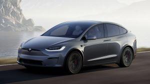 Tesla Model X facelift - front action