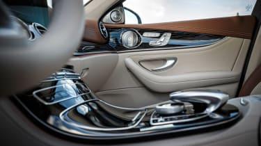 Mercedes E-Class - centre console/door