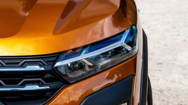 Dacia Sandero Stepway long termer - first report front light
