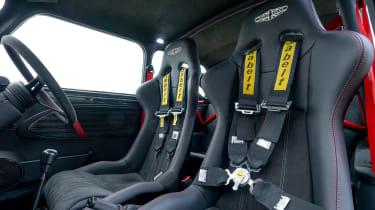 David Brown Automotive Oselli Mini - seats