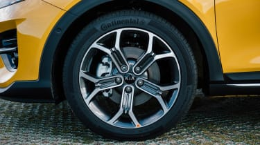 Kia XCeed 1.4 petrol - wheel