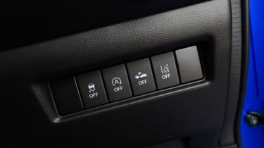 Suzuki Swift - controls