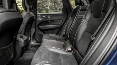 Volvo XC60 T8 - rear seats