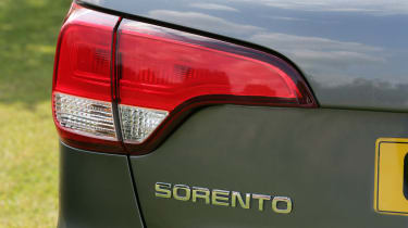 Used Kia Sorento - rear light detail