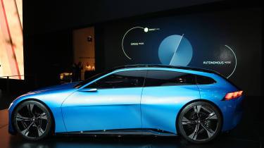 Peugeot Instinct concept Geneva - side