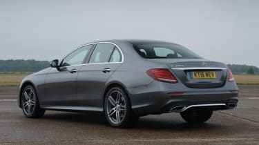 Mercedes E 350d 2016 - rear quarter