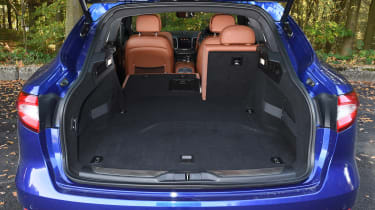Maserati Levante - boot