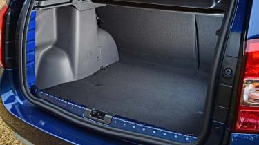 Dacia Duster automatic 2017 - boot