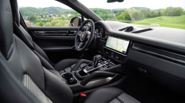 Porsche Cayenne Turbo Coupe - front seats