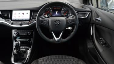 Vauxhall Astra Sports Tourer diesel 2016 - interior