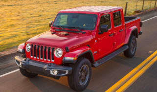 Jeep Gladiator - front