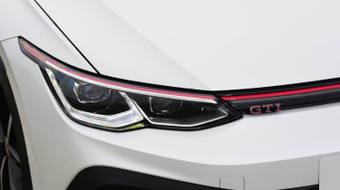 Volkswagen Golf GTI Clubsport - front light