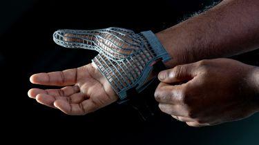 JLR 3D-printed glove