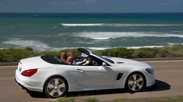 Mercedes SL400 - side