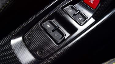 Ferrari 488 Pista Spider - interior