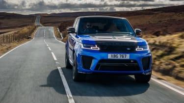 Range Rover Sport SVR - front panning