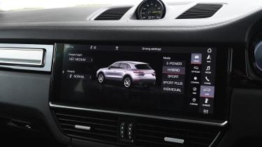 Porsche Cayenne - Touchscreen
