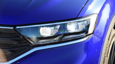 Volkswagen T-Roc R - front light