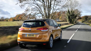 Renault Scenic and Grand Scenic Hybrid Assist - 16