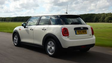 MINI One 5-door - rear tracking