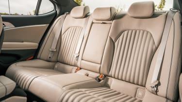 Genesis G70 - rear seats