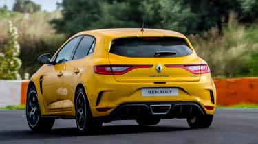 Renault Megane RS 300 Trophy - rear cornering
