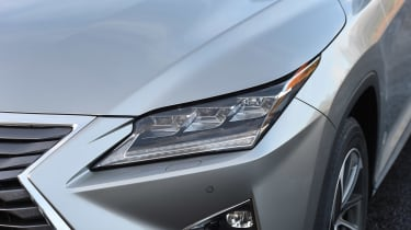 Lexus RX 450h - light detail