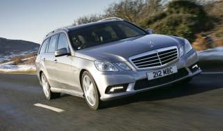 Mercedes E-Class Estate front tracking