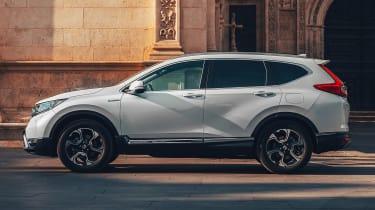 Honda CR-V hybrid side profile