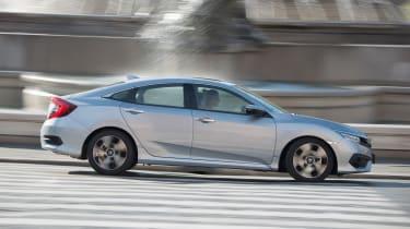 Honda Civic Saloon - side action