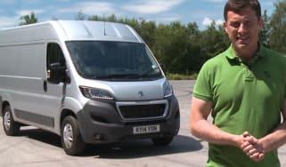 Peugeot Boxer video