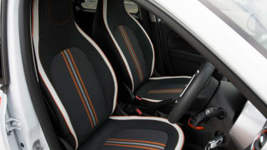 Triple test – Renault Twingo - front seats