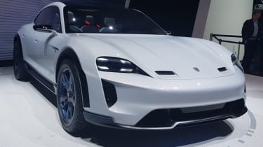 Porsche Mission E Cross Turismo front