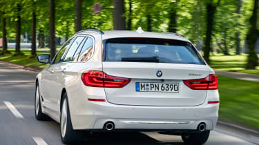 BMW 5 Series Touring - rear action