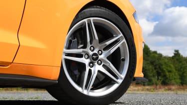 Ford Mustang Convertible - wheel