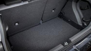 Hyundai i20 Active 2016 - boot