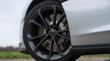 McLaren 540C - wheel detail