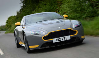 Aston Martin V12 Vantage S - front