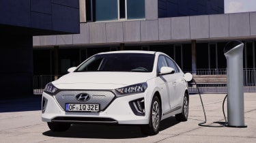 Hyundai Ioniq Electric - charging