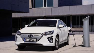 Hyundai Ioniq Electric - charging