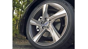 Volvo V60 R Design wheel