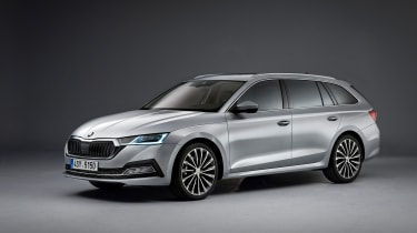 Skoda's playing it smart with the new Octavia - evolutionary styling changes and the latest driver assistance and engine tech will keep sales strong.