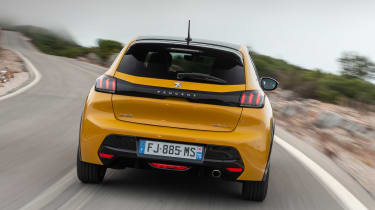 Peugeot 208 - full rear