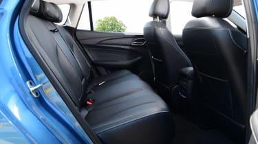 MG 5 EV - rear seats