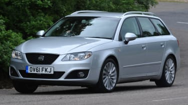 SEAT Exeo ST side tracking
