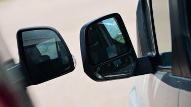 Fiat Doblo vs Citroen Berlingo vs Ford Tourneo Connect - door mirrors