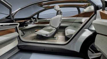 Audi AI:ME - doors open