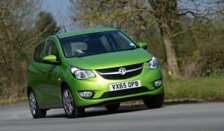 Vauxhall Viva ecoFLEX 2016 - front cornering